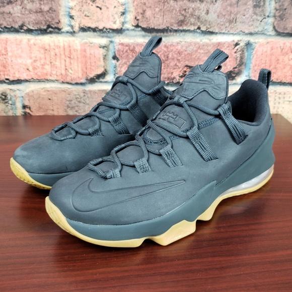 e5720407b25 Nike Lebron 13 Low Premium
